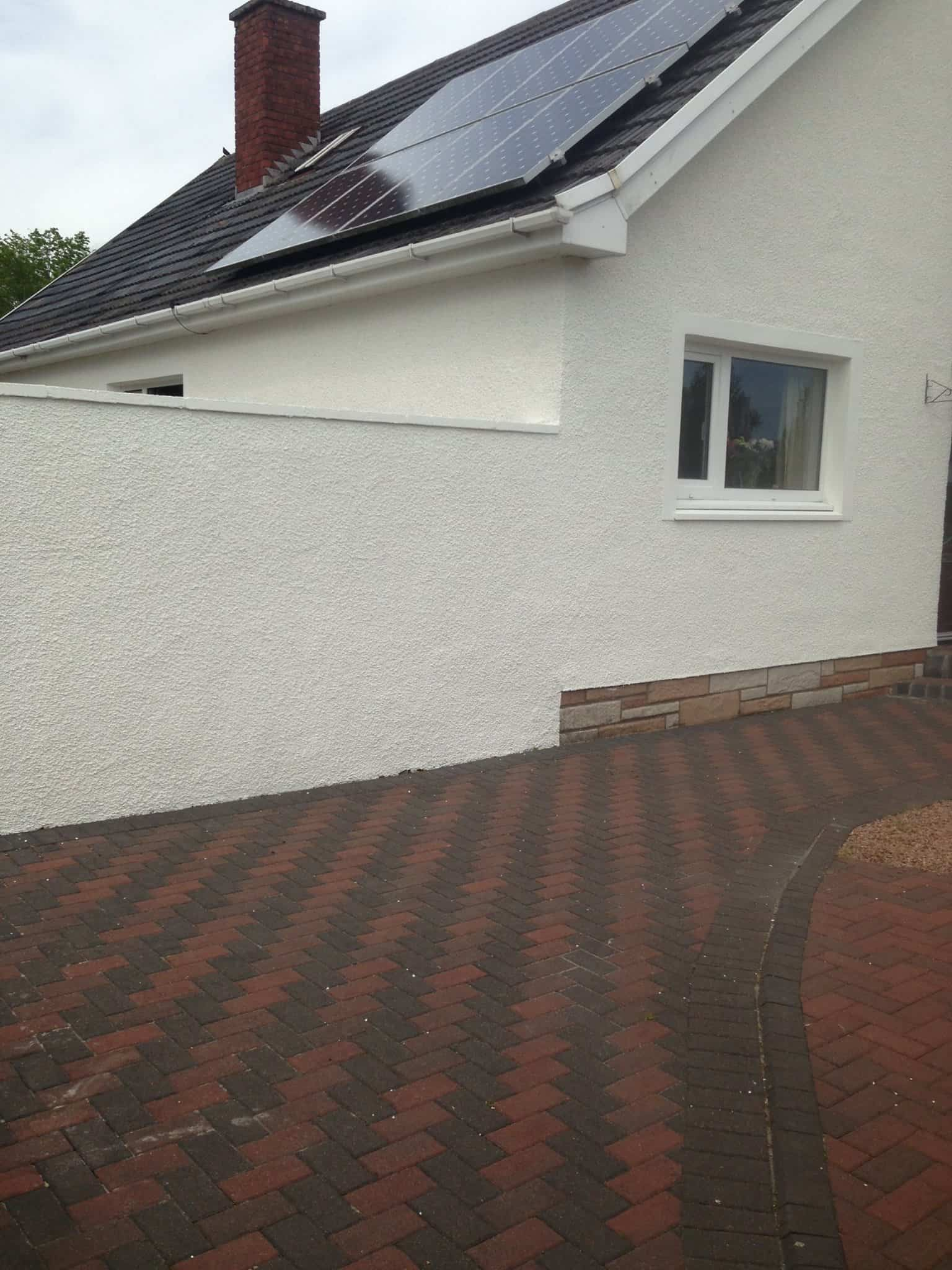 gilchrist house and driveway after